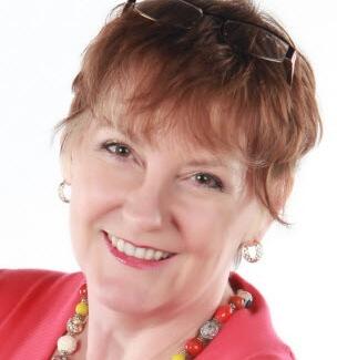 Phyllis Khare: Social Media Maven